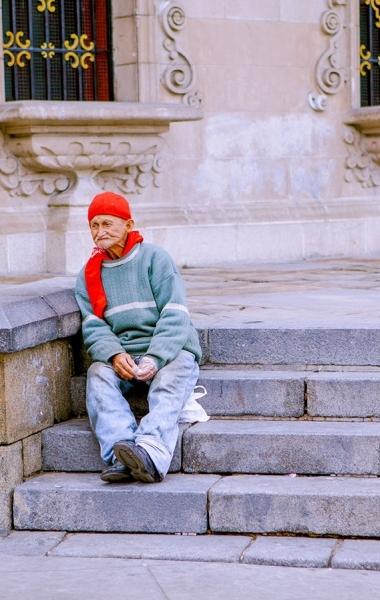 Elderly man in Lima